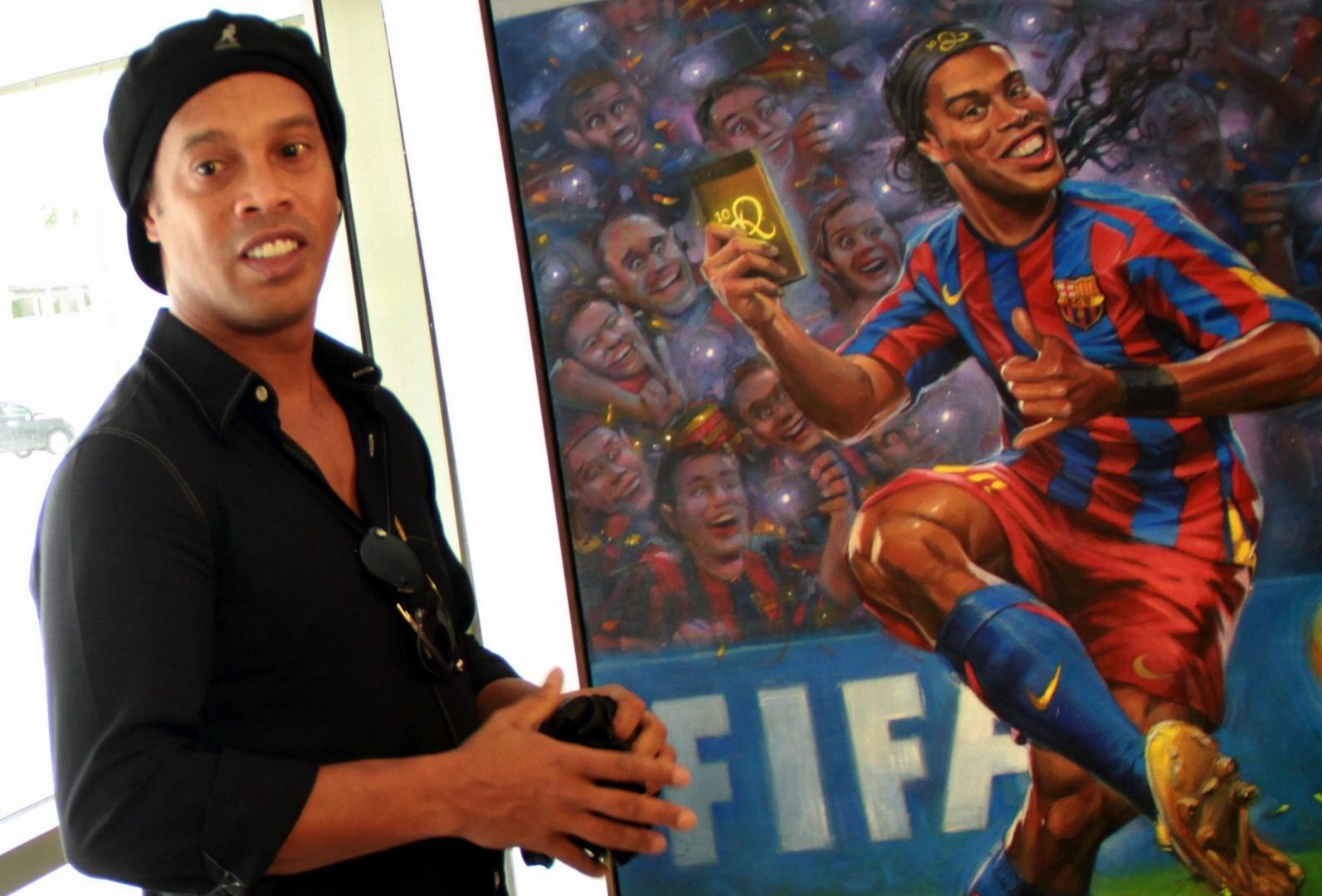 Ronaldinho Gaúcho é homenageado com exposição no Maracanã