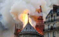 O fogo em Notre Dame e as promessas do batismo