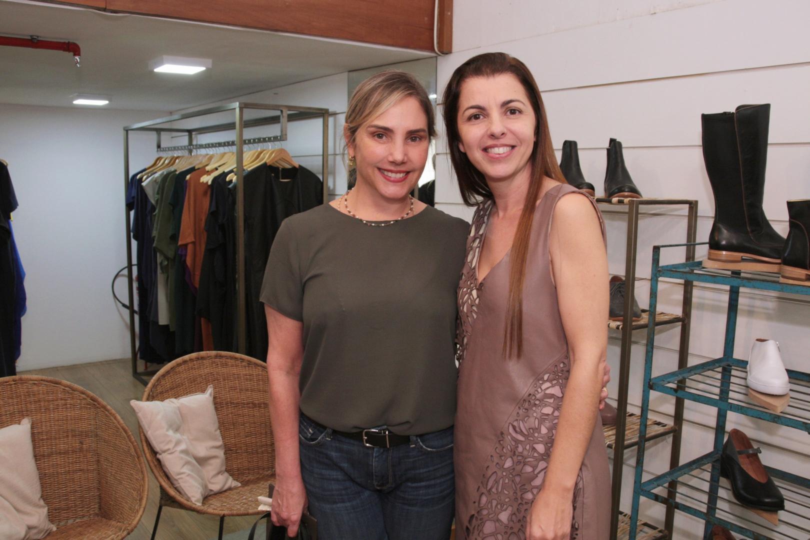 """Famosas prestigiam Virgínia Barros no lançamento da coleção """"Avesso"""" no Shopping da Gávea"""