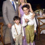 Régis e Priscilla Ramos e seus filhos Enzo e o caçula Pietro