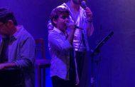 Em show com Miguel Briamonte, Beto Sargentelli irmana Beatles e Buena Vista Social Club