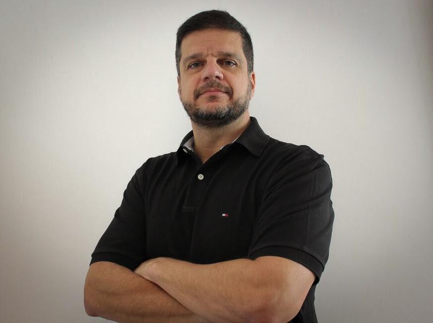 """Roteirista do filme """"Tropa de Elite 1"""", Rodrigo Pimentel lança, no dia 3 de junho, seu canal oficial no YouTube"""