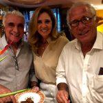 Katia Spolavori entre o marido, Edmar Fontoura, e Luiz Quattrone