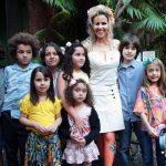 Leona Cavalli e as Crianças