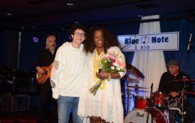 Dianne Reeves recebe homenagem no Blue Note