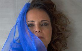 """Barbara Mendes lança o álbum """"Orgânico"""""""