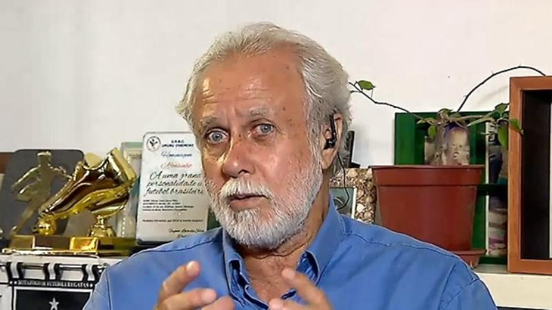 """Ex-jogador Afonsinho lança,  em janeiro, o livro  """"Dicas para os futuros craques"""""""