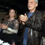 O casal Carol Proner e Chico Buarque