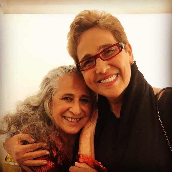 Na noite de ontem, no Manouche,Maria Bethânia recebe a grande Claudia Jimenez depois do show