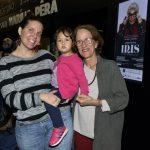 Tati Viany, Elisa e sua avó Betina Viany