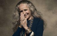 Maria Bethânia: apenas os cabelos envelheceram