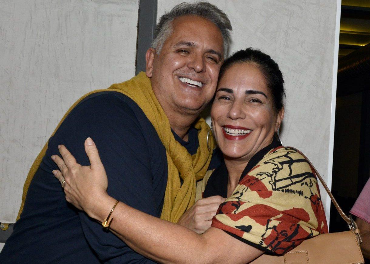 """Gloria Pires assiste a reestreia de """"A Vida Passou Por Aqui"""""""