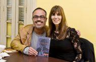 Denise Emmer lança seu primeiro livro de contos