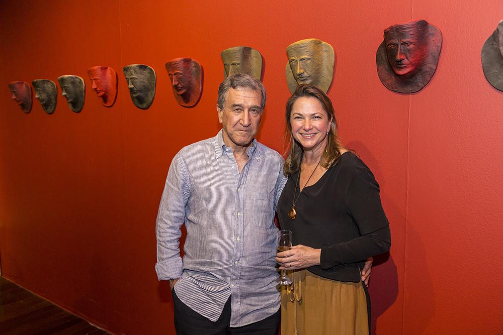 """Raquel Saliba inaugura a exposição """"Os Mitos e a Memória"""""""