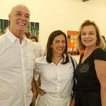 Guilherme Isnard, Christiane Laclau e Laura Burnier