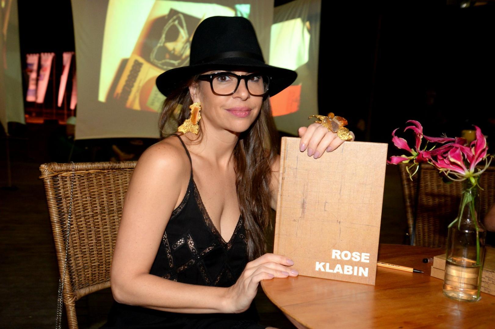 Rose Klabin lança livro na Art Rio 2019