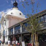 A entrada principal do Mercado da Ribeira