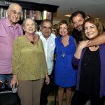 Zuenir e Mary Ventura, Sebastião Lacerda, Rosa Maria Araújo, Miguel Pinto Guimarães e Bia Correa do Lago