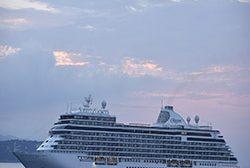Regent Seven Seas Cruises e Sotheby's realizam parceria para difusão de arte e cultura