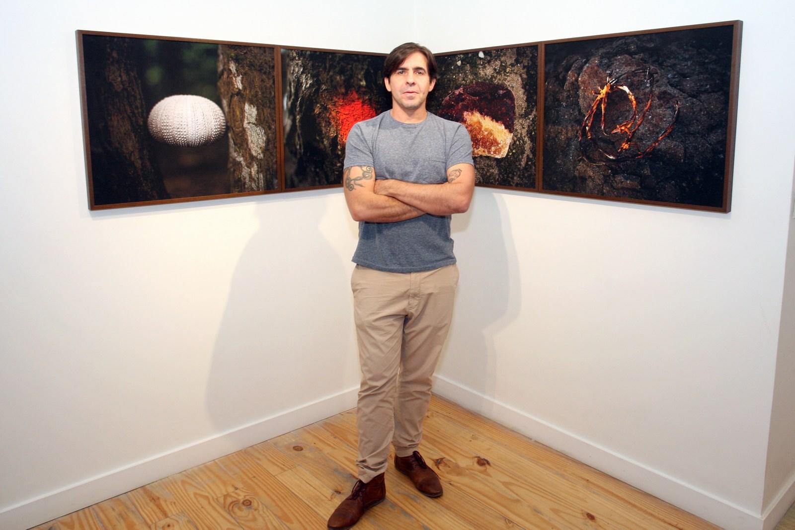 """Edu Monteiro abre exposição """"Corpos em luta"""" na Galeria Movimento Arte Contemporânea"""