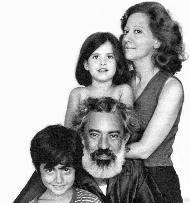 2- Álbum de família: Fernanda, Fernando, Nanda e Claudio
