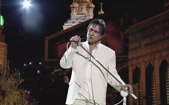 """Show """"Roberto Carlos em Jerusalém 3D"""" será exibido em salas de cinema no Brasil"""