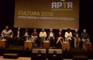 Ex-ministros da Cultura debatem fim da censura