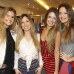 Bettina Choen entre as irmas Gabriela, Fernanda e Tatiana Dawidowitsch