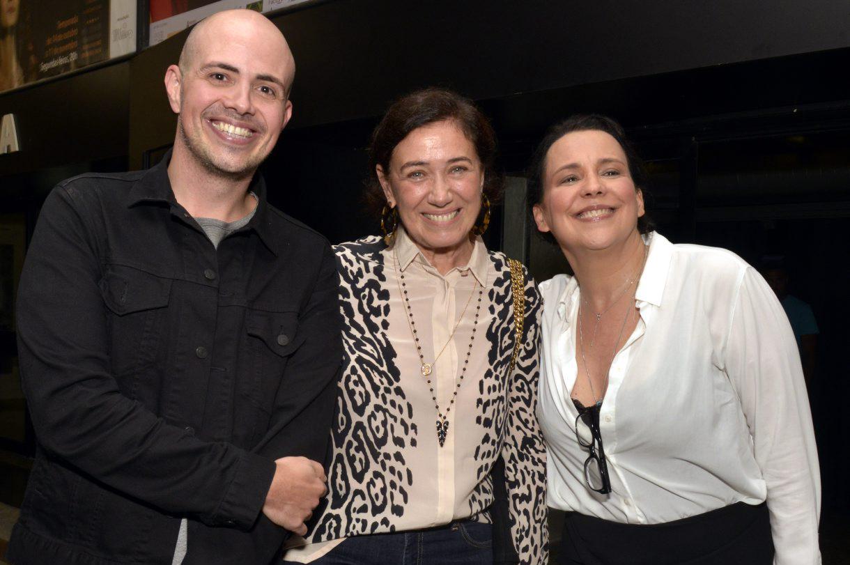 Teatro Petra Gold recebe grandes estreias