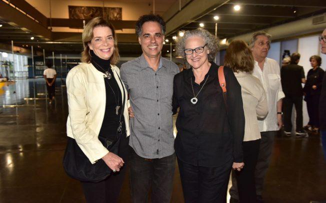 """Museu de Arte Moderna do Rio de Janeiro inaugura a exposição """"Força Precisão Leveza – aço e criação artística"""""""
