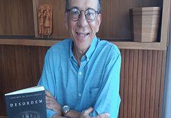 """Leonardo de Souza Chaves escreve sobre relações humanas em seu livro """"Desordem"""""""
