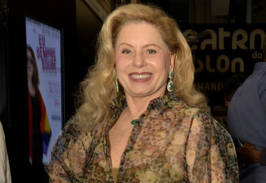 """Vera Fisher prestigia a reestreia do musical """"Monstros"""""""