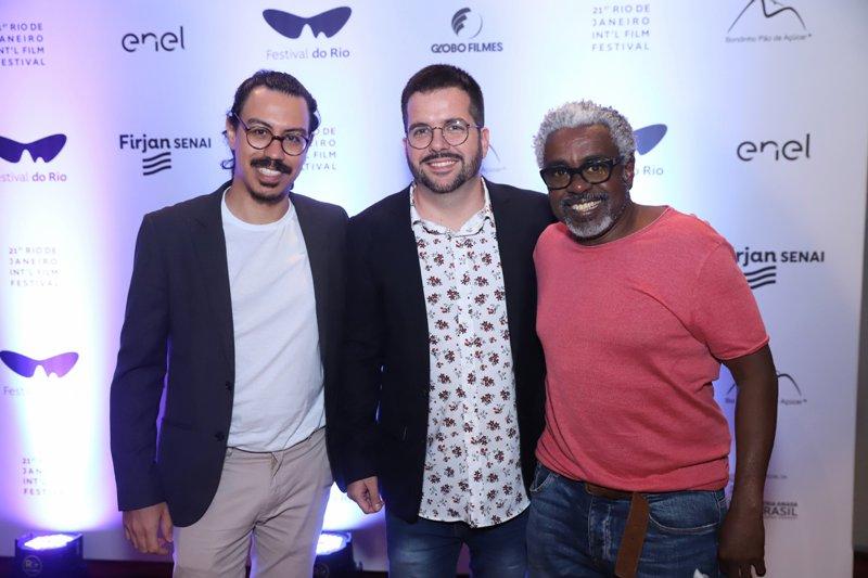 Premiere de filme sobre crise carnavalesca lota Festival do Rio