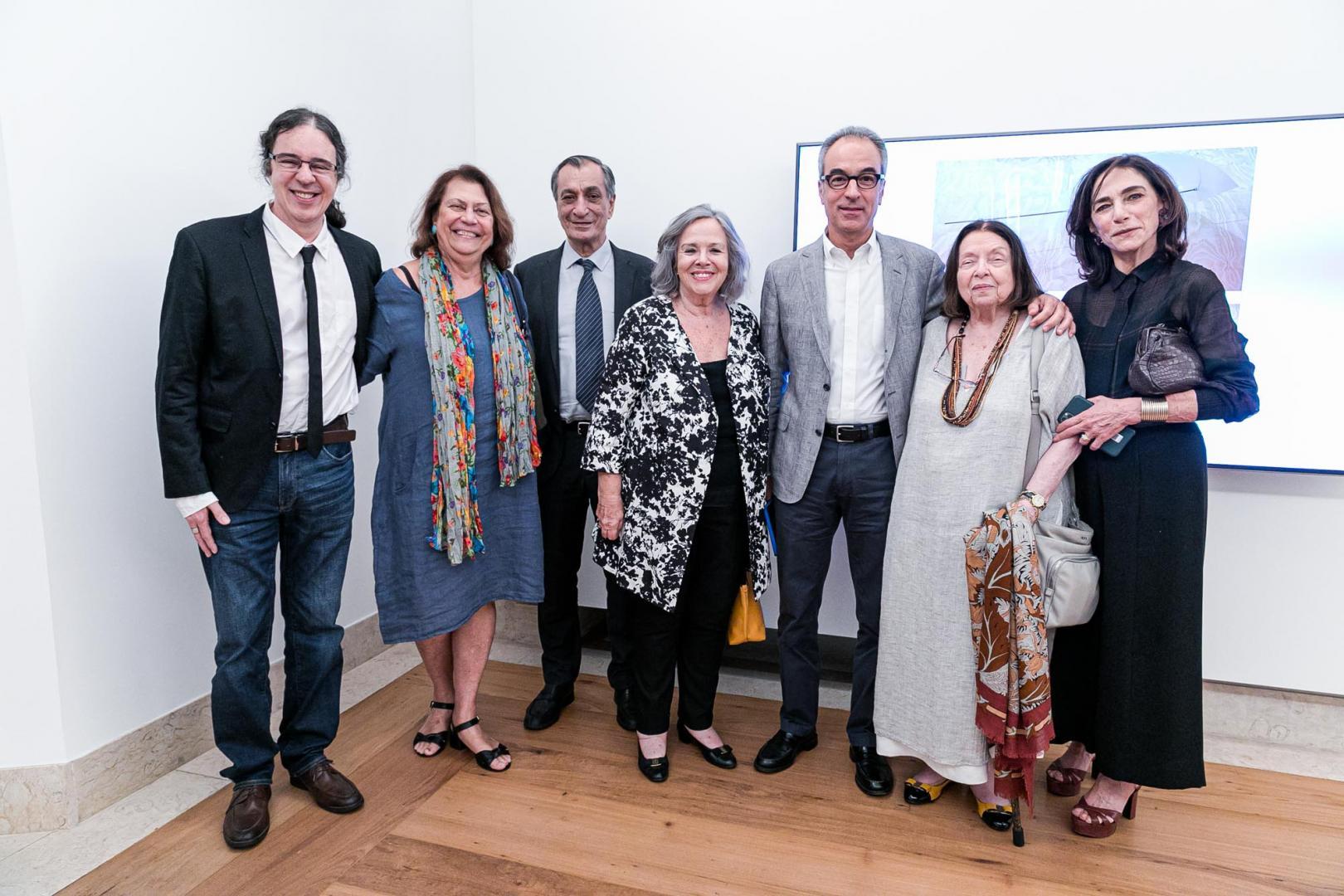 Casa Roberto Marinho inaugura duas exposições com casa cheia