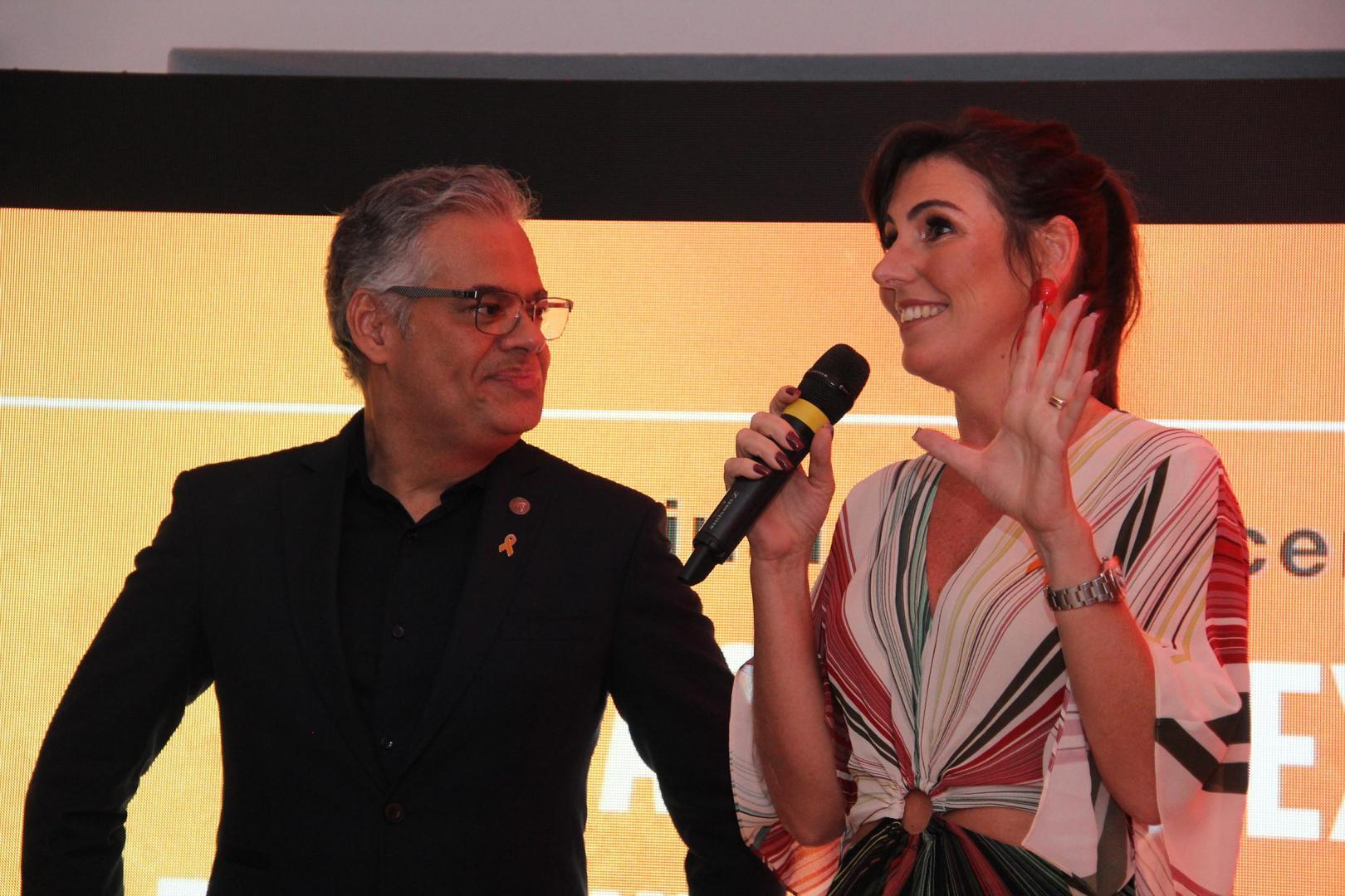 Dezembro Laranja reúne dermatologistas e artistas em campanha sobre câncer de pele