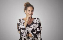 Terapeuta quântica Deborah Souza lança portal online para a expansão da consciência