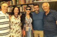 """Livraria Leonardo da Vinci recebelançamento do livro """"Meu Querido Brasil"""""""