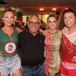 Rainha de Bateria da Grande Rio Paolla Oliveira, Presidente de Honra da Grande Rio Jayder Soares, Monique Alfradique e David Brazil