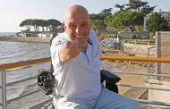Depois de atravessar oceanos e enfrentar o rali Paris-Dakar, Philippe Croizon se prepara para ir ao espaço