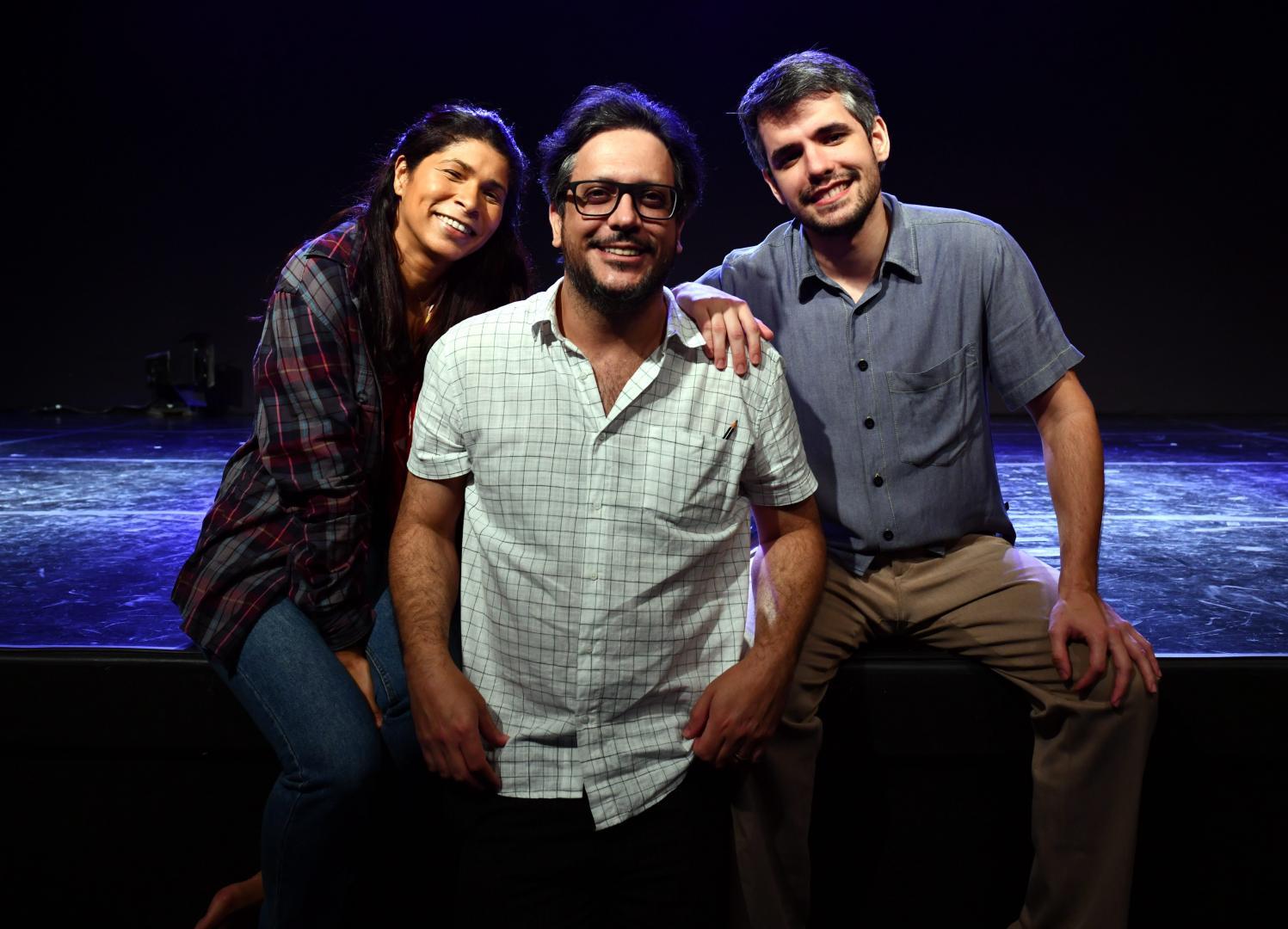 """Espetáculo """"Vamos Aguardar Só Mais Essa Aurora""""estreia em março no Teatro PetraGold"""