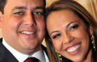 Justiça manda Eduardo Bolsonaro retirar do ar um comentário sobre Daniela Santa Cruz