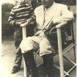 O menino João Victorio e o presidente Getúlio Vargas