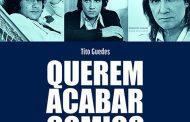 Livro conta a trajetória de Roberto Carlos pelo olhar da crítica musical