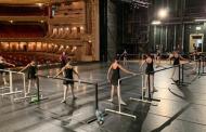 Escola Estadual de DançaMaria Olenewa comemora 94 anos