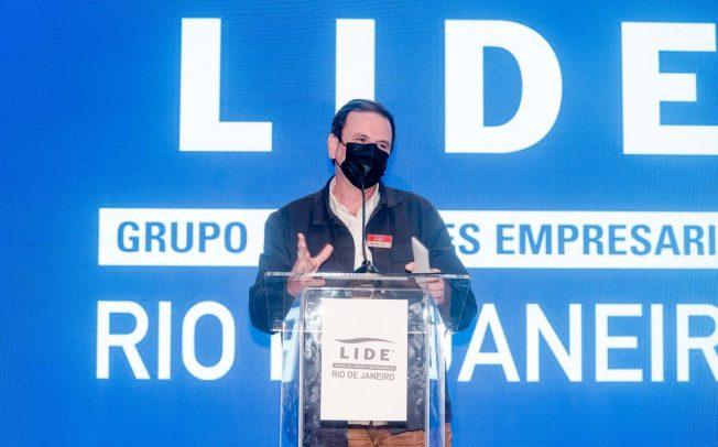 Eduardo Paes fala em Fórum Empresarial