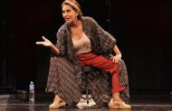 """Maitê Proença  revisita a história de sua vida no espetáculo """"O Pior de Mim"""","""