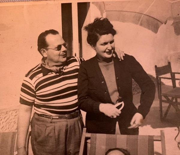 Meu pai, minha mãe e eu, na barriga: eles voltavam de temporada de dois anos em Milão, Itália