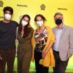 Pedro Curvello, Nathalia Dill, seus pais Evelyn e Romulo Orrico